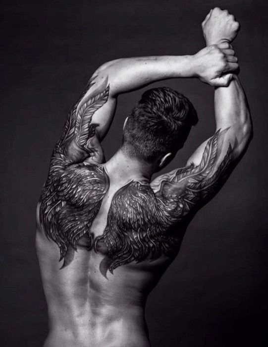 wing-tattoos-for-men4