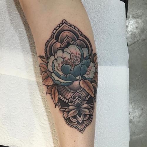 20-gorgeous-tattoos-for-women20