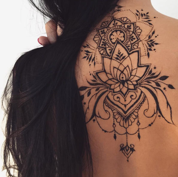 36-mehndi-tattoos-for-women15