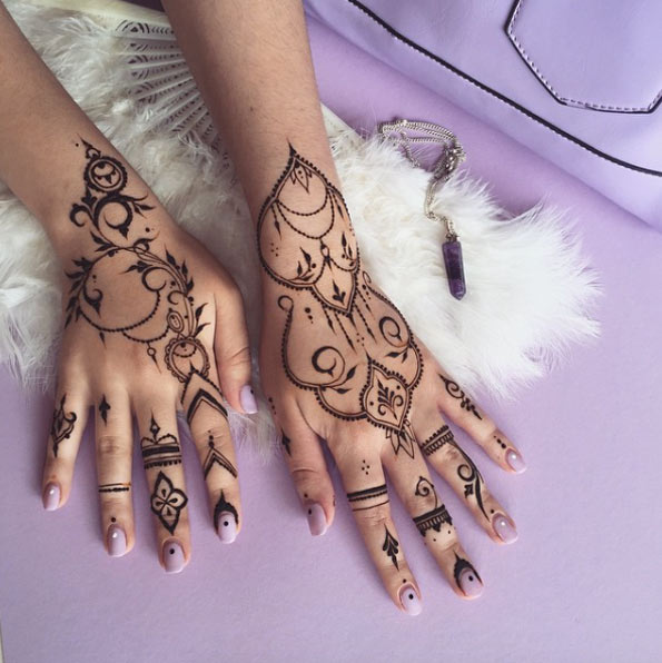36-mehndi-tattoos-for-women18