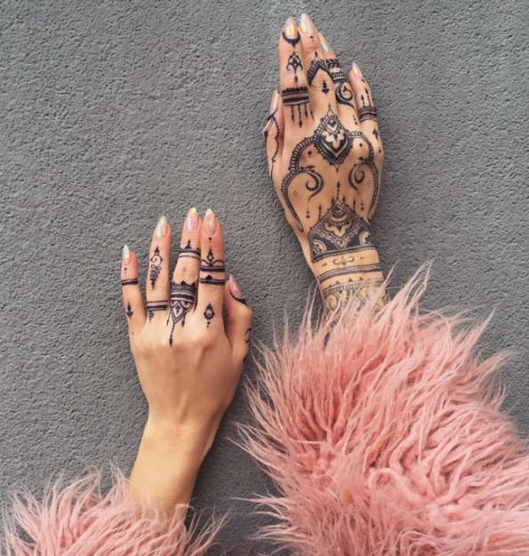 36-mehndi-tattoos-for-women27