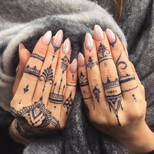 36-mehndi-tattoos-for-women8