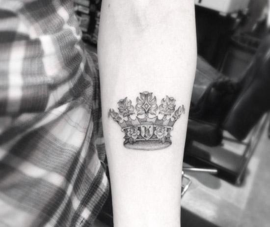 crown-tattoo-design-12