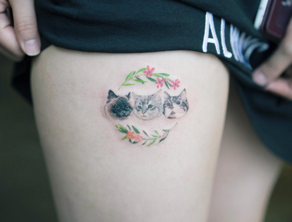 thigh-tattoo-design-14
