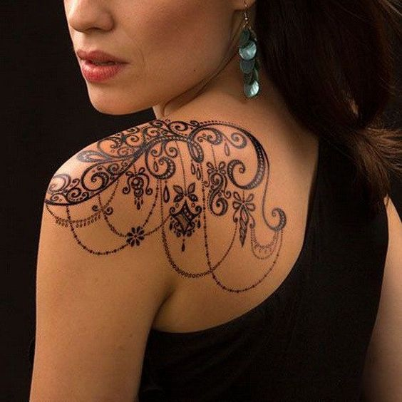 shoulder henna tattoo