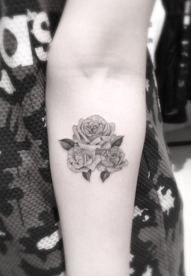 rose-tattoo-design-19
