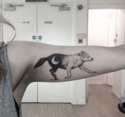 Inner sleeve wolf tattoo